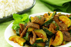 Beef and Zucchini in Red Curry Paste