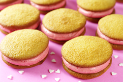 Vanilla Strawberry Whoopie Pies