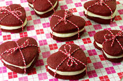For My Valentine Whoopie Pie - Red Velvet Cakes with Cream Cheese Frosting
