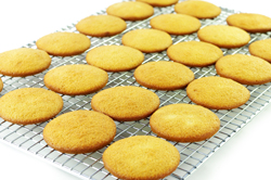 Cooling Cakes
