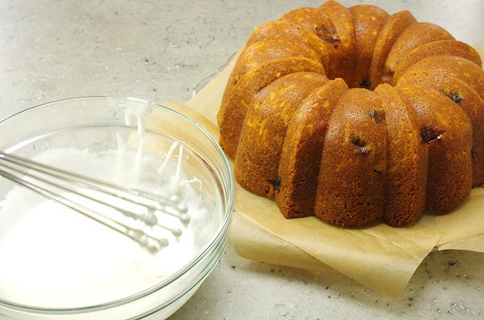 Cake Ready to Glaze