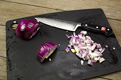 Dicing Onion