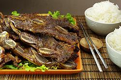 Galbi (Barbecued Beef Ribs)