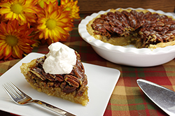 Caramel-Glazed Pecan Pie
