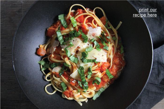 Easy Fresh Tomato Pasta
